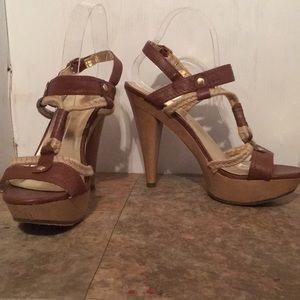 Mossimo platform wood look heels sz 9.